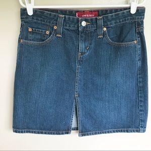 NWOT Levi's Mini Blue Jean Skirt Size 9 Junior